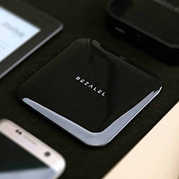 BEZALEL Futura X Qi Wireless Charging Charger Pad